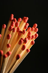 Image of wooden stick matches.